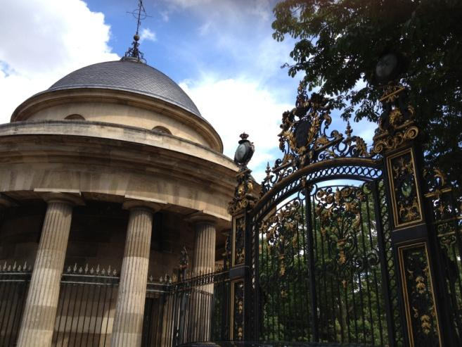 Download the Paris Monceau-Ternes Artistic Itinerary